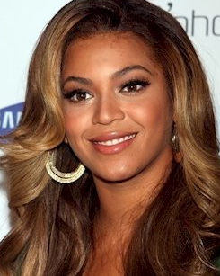 Beyonce Knowles eyebrow